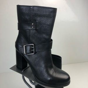 Nine West black leather heeled ankle boots size 10
